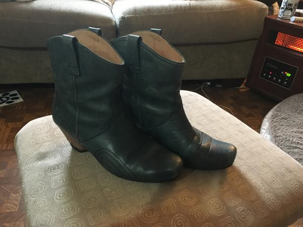 Get Ups Dawson City Ankle Boots