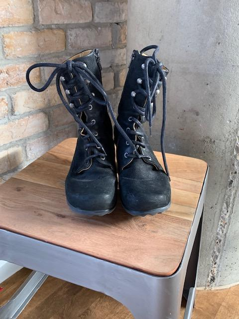 Suede Lace up boot Black 7