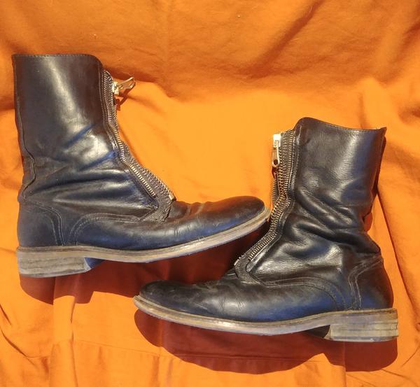 Keaton zipper boots