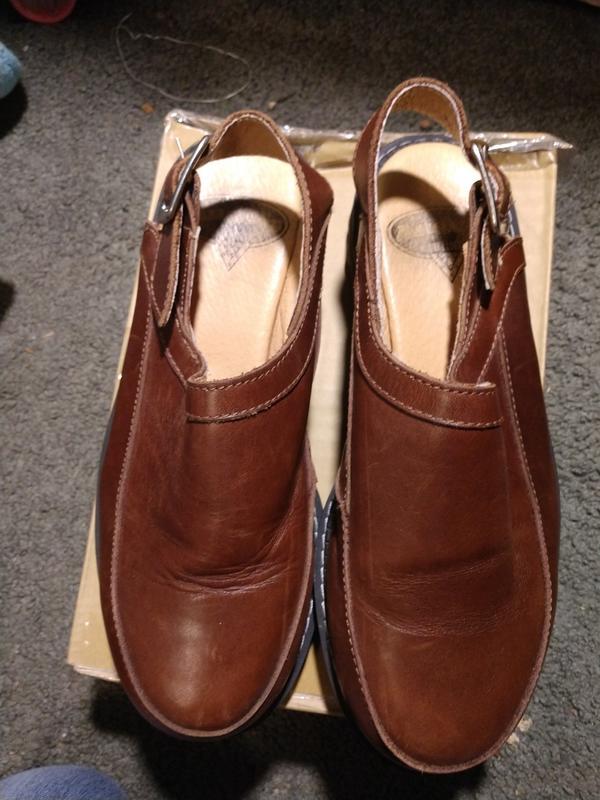 Vintage Angels leather slingback sandals.