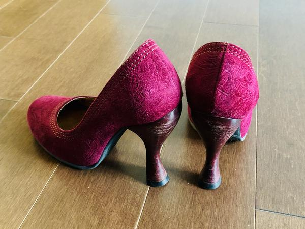 Burgundy Paris Heels Size 5.5