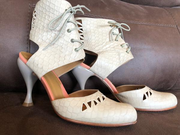 Second Miracles Lace Cut Out Pump Ivory 10