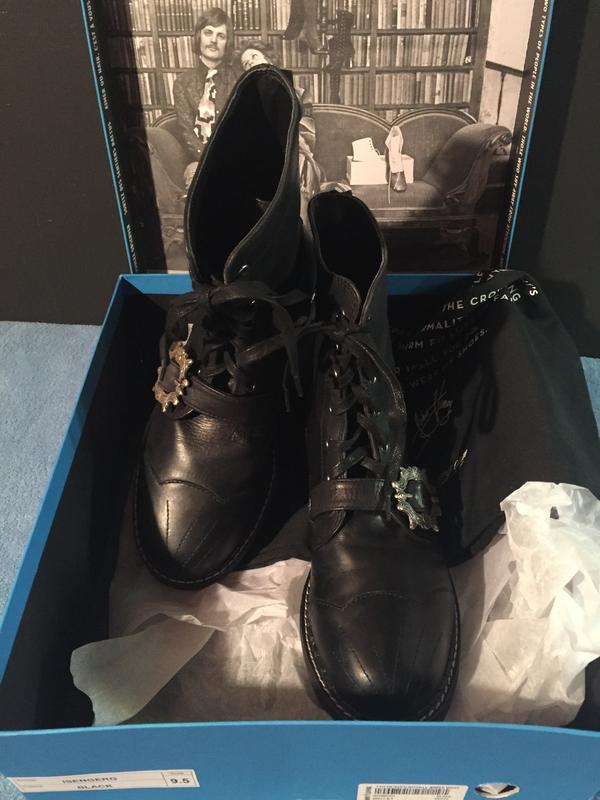Isenberg 7th Heaven Buckle Derby Boot 9.5 Black 9 1/2