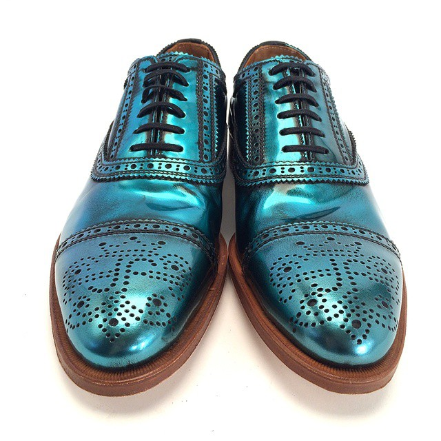 These shiny teal BRANDENBURG LIGHTS are enough polish to perk you up during even the most daunting of days. Look for them in …