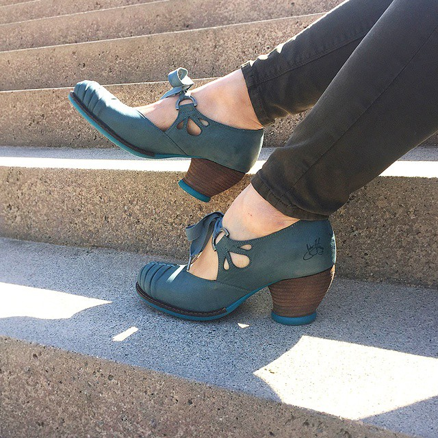 You won't need vocal exercises or rehearsals. These dear, sweet Mezzo CALLAS heels can become part of your daily routine inst…